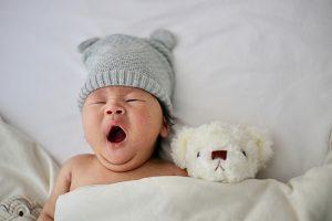 Anne sütündeki nikotin bebeklerin uyku düzenini bozuyor