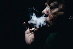 Sigara, sigara yine sigara